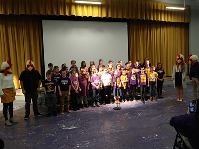 CES students sing song
