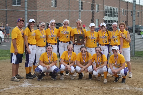 CHS girls softball team group photo