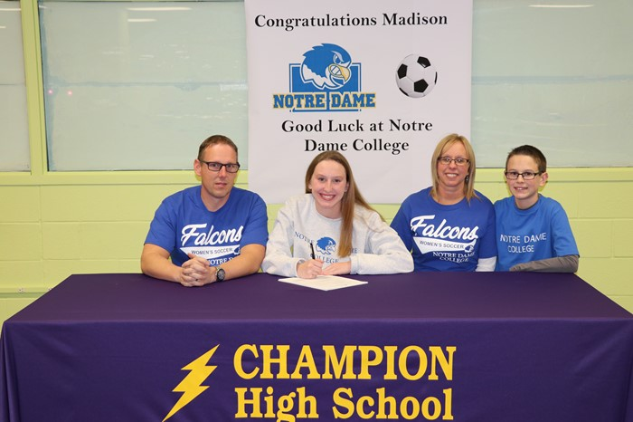 Madison Luckett signs with Notre Dame College