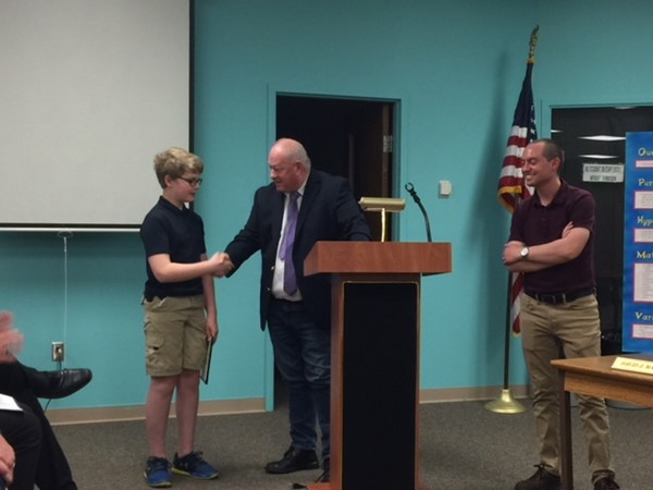 Board honors to awardees in CMS Science Fair