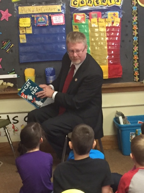 State Representative Sean O'Brien Reads to Miss Hendrick's Class for Dr. Seuss Day